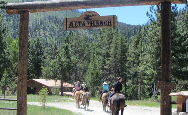 Best Dude Ranch Vacations Montana - Visit Bitterroot Valley