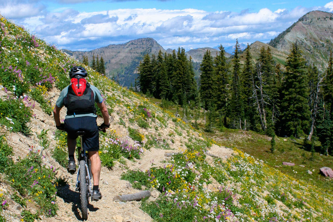 Montana Cycling Vacations, Biking in the Bitterroot Valley